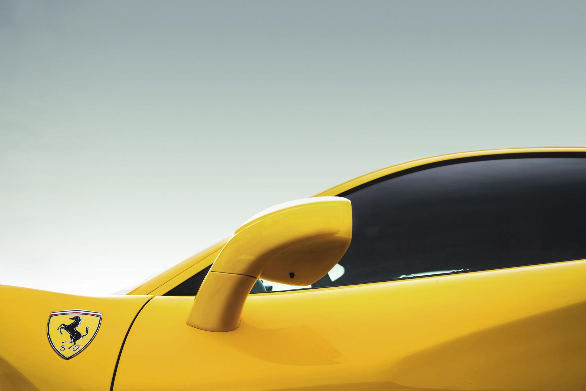 Ferrari-488-GTB2